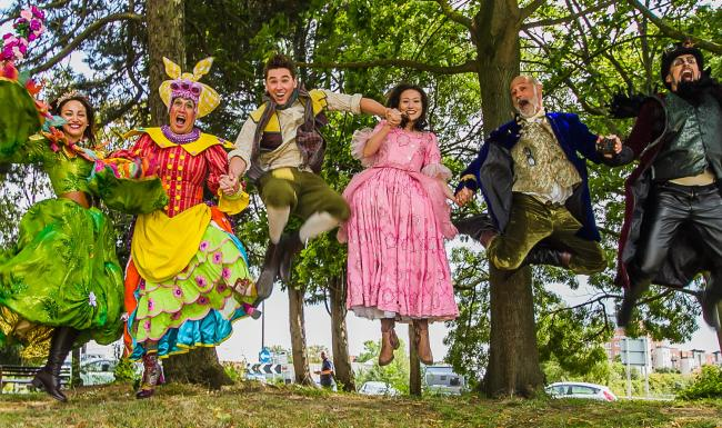 zz The cast of Jack and The Beanstalk are ready to spring into action at Lighthouse Poole. Peter Duncan, second from left.