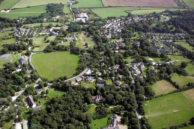 Test your general knowledge at fun quiz in Studland